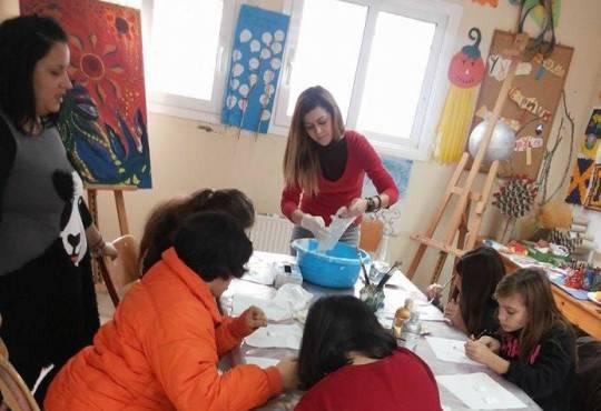 Παγκόσμια ημέρα ατόμων με αναπηρία-Στ΄τάξη με μαθητές του ΕΕΕΕΚ Ν Ποτίδαιας- κατασκευή Χριστουγεννιάτικων διακοσμητικών-2016