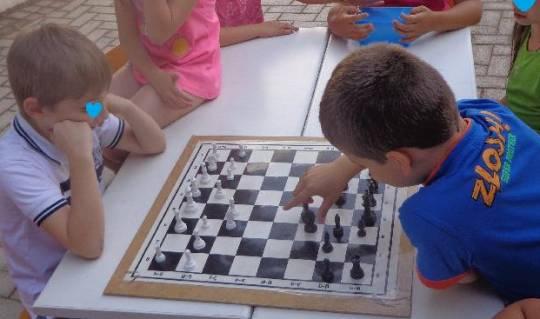 2ο Ενδοσχολικό πρωτάθλημα σκάκι στο σχολείο μας !!!