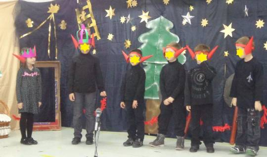Γιορτή Χριστουγέννων-Α΄τάξη 2013